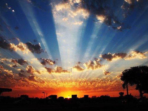 Точное время восхода и захода солнца будет полезно не только любителям вглядываться в звёздное небо, но и фотографам