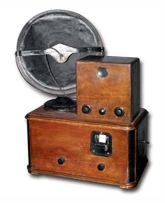 перший серійний радянський телевізор