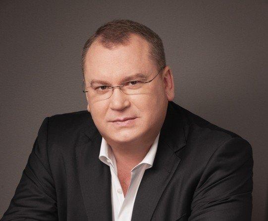 Привітання голови Дніпропетровської облдержадміністрації Валентина Резніченка з 8 Березня