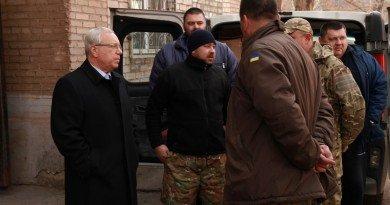 Юрий Вилкул помогает воинам АТО