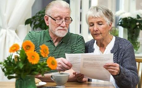 До уваги пенсіонерів Буського району!  Інформація про зміни з 01 січня 2018 року та про перерахунок пенсійних виплат за спеціальними законами