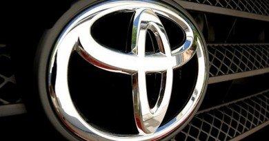 logotip-toyota