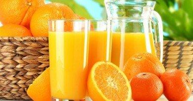 Диетологи: бесконтрольное употребление свежих соков может навредить