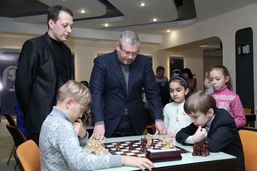 Александр Вилкул_шахматы