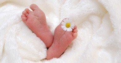 ножки ребенка