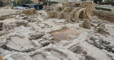 древний город в Израиле
