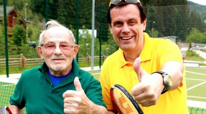 найстаріший тенісист