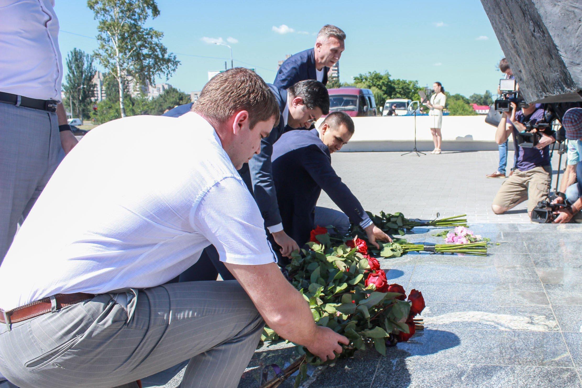 Пам'ять жертв Другої світової війни вшанували на Дніпропетровщині_2