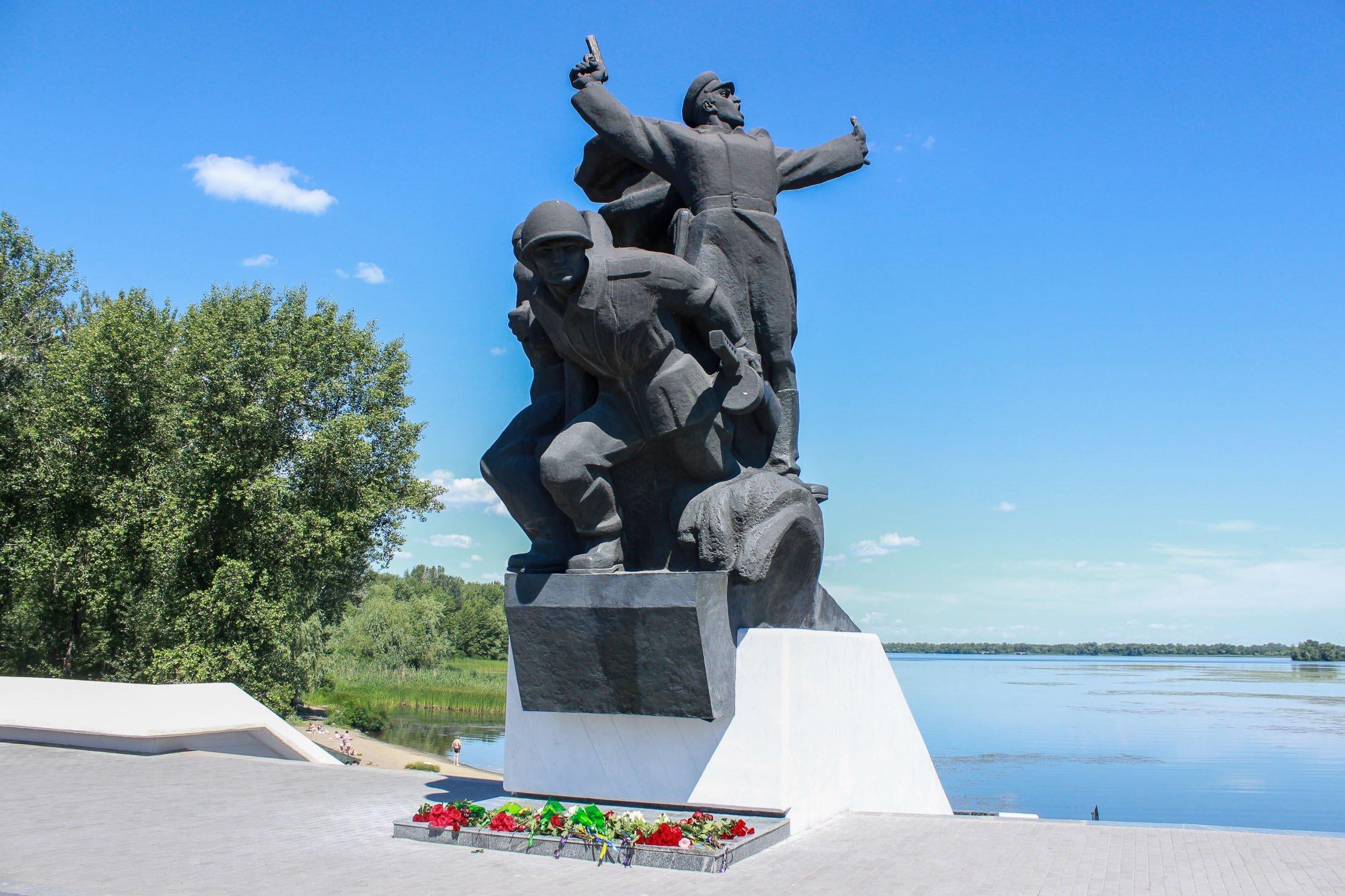 Пам'ять жертв Другої світової війни вшанували на Дніпропетровщині_9