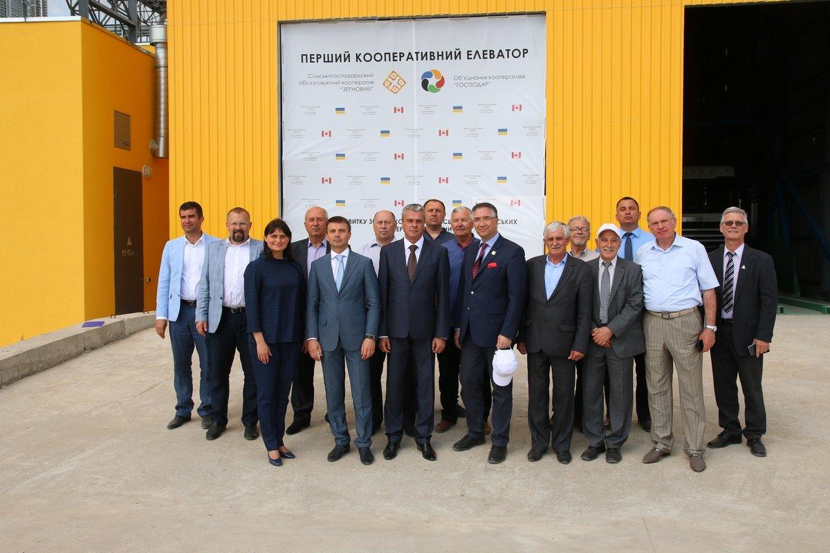 У Дніпропетровській області запрацював перший в Україні кооперативний елеватор.