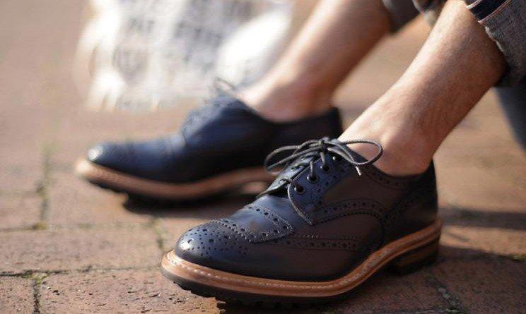 Снится одеыать мужские большие туфли
