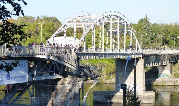 мост на Монастырский остров