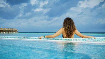 Вчені розповіли про небезпеку басейнів у готелях