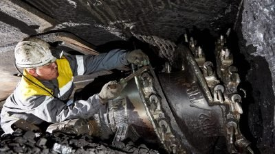Подготовка добычного комбайна к работе в лаве