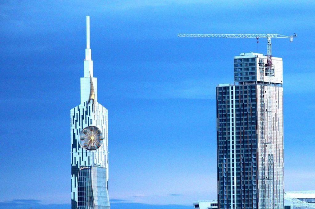 небоскреб в Батуми