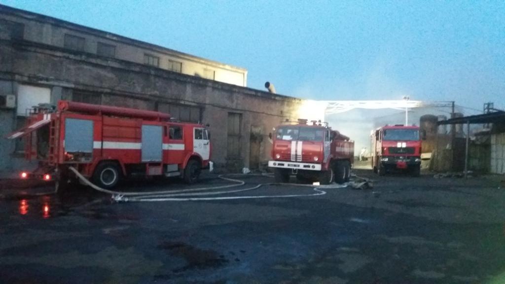 В Запоріжжі сталася пожежа на підприємстві1
