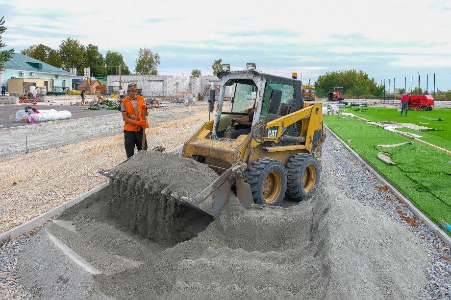 У Юр'ївці будують сучасний стадіон9