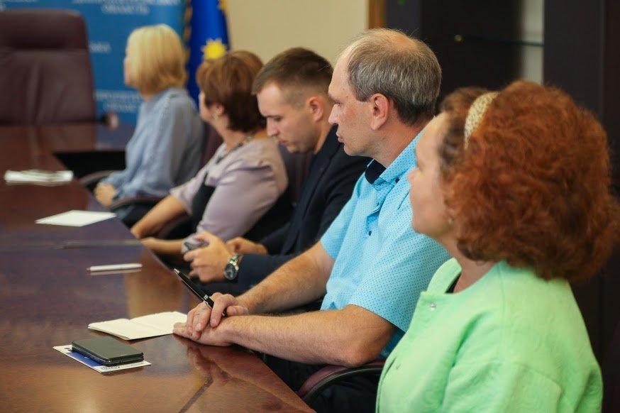 Предпринимателей Днепропетровщины научили технологии ведения бизнеса5