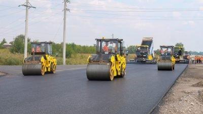На новом участке Решетиловской трассы уже уложили асфальт
