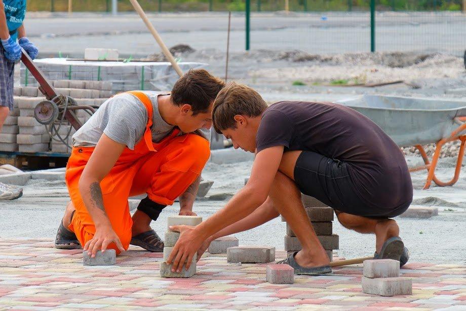 У Юр'ївці будують сучасний стадіон8