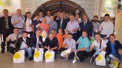 Лицеисты Терновского горного лицея в музее шахтерской славы Терновского ШУ