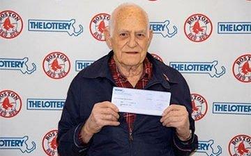 Любимые спортсмены помогли американцу сорвать куш в лотерею