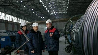 на встрече с трудовым коллективом завода «Стальканат» Александр Вилкул,