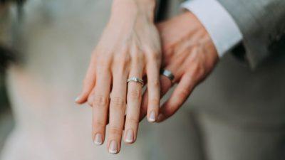 Вчені назвали ідеальний вік для одруження