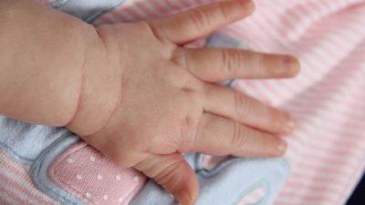 В Днепре спасают крошечных младенцев