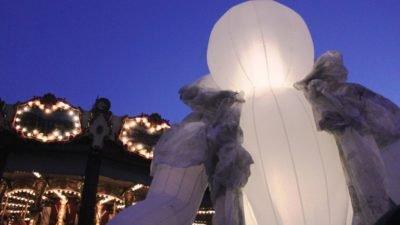 Магічна Франція: незвичайна вулична вистава у центрі Дніпра (Фото)