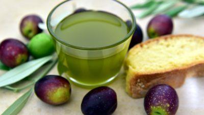 Кому може нашкодити оливкова олія?