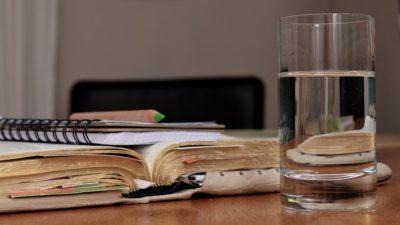 стакан вода
