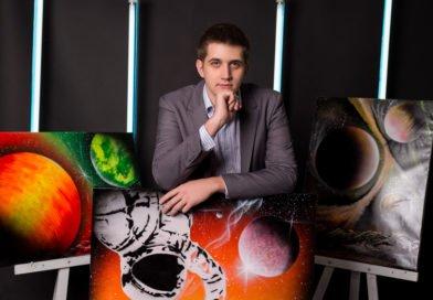 Необычный художник из Днепра — в Книге рекордов Украины (Фото)