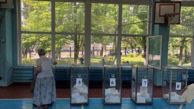 Как сегодня голосует Днепр (Фото)