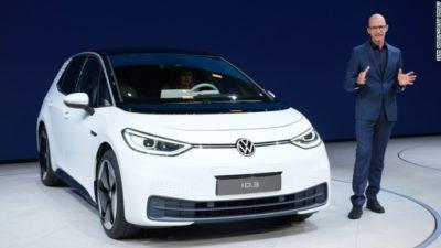 серийный электрический хэтчбек Volkswagen ID.3