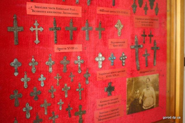 выставка крестов в Днепре