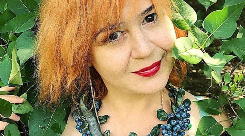 Дизайнер из Днепра создает «вкусные» и «живые» украшения (Фото)
