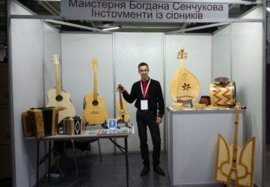 Гра на сірниках: українець створив незвичайні музичні інструменти (фото)