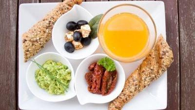 Науковці назвали ще одну вагому причину снідати щодня