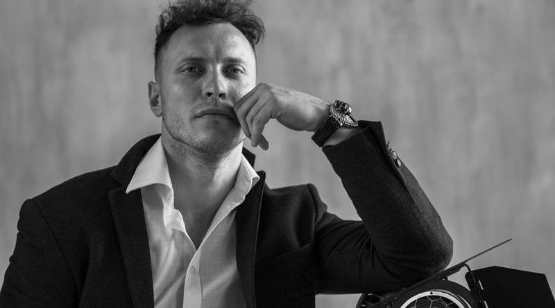 Режиссер из Днепра создал первый украинский фильм о супергероях (Фото)