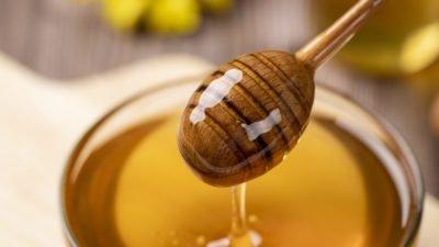Дієтолог розповіла, як може нашкодити мед