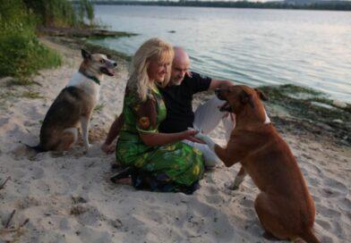 «Життя після притулку»: українка знімає душевний серіал про собак