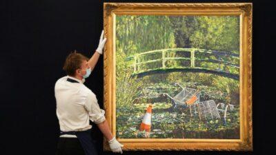 Картину уличного художника Бэнкси продали за рекордную сумму (фото)