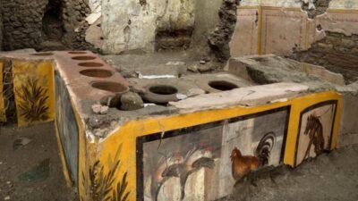 античный киоск