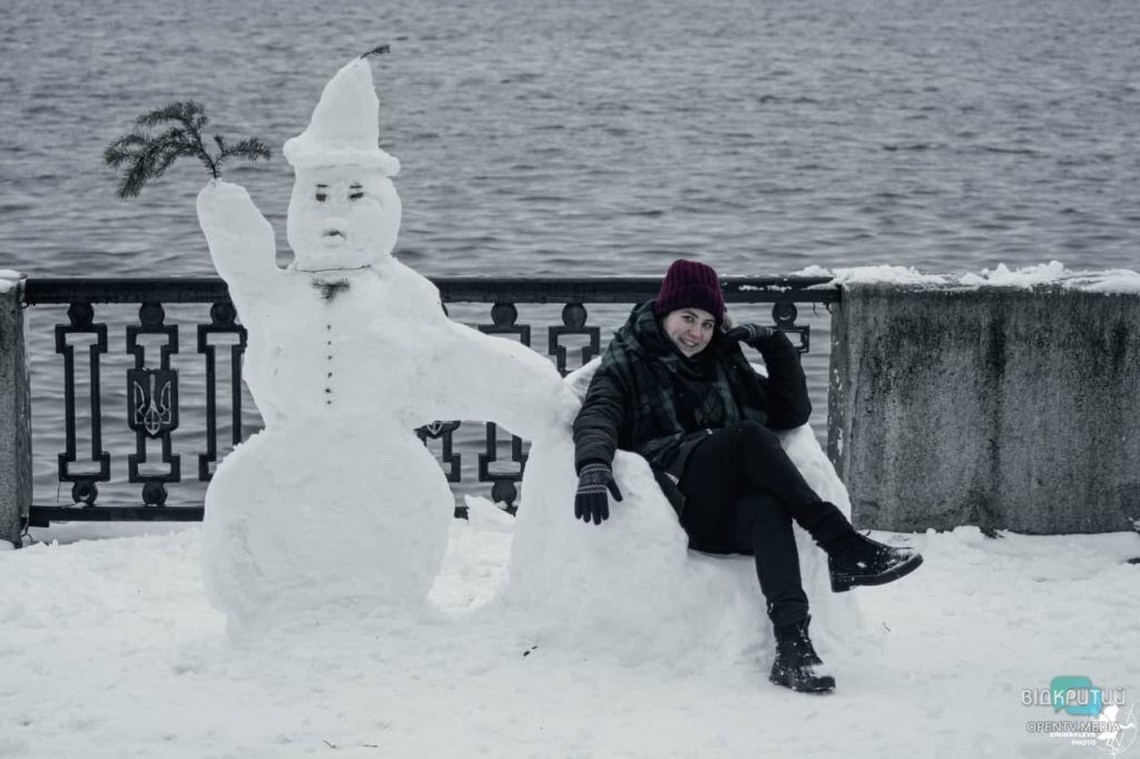 мини-скульптуры из снега_Днепр