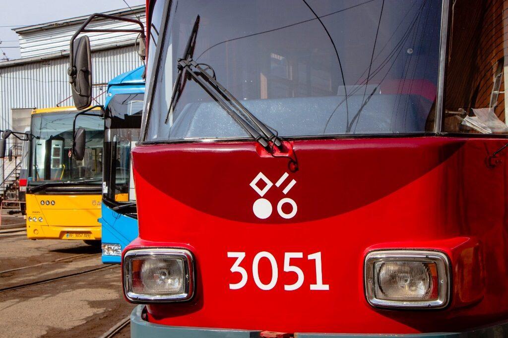 громадський транспорт_Дніпро