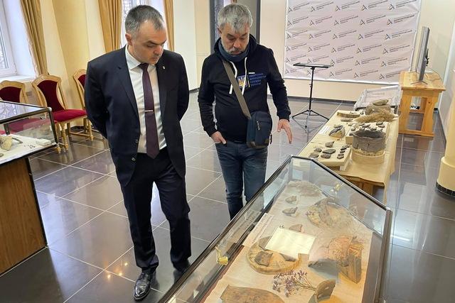 выставка археологических находок_Днепр
