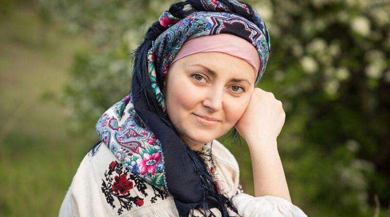 Оксана Тижненко: «Вишиванка — це оберіг для українців».