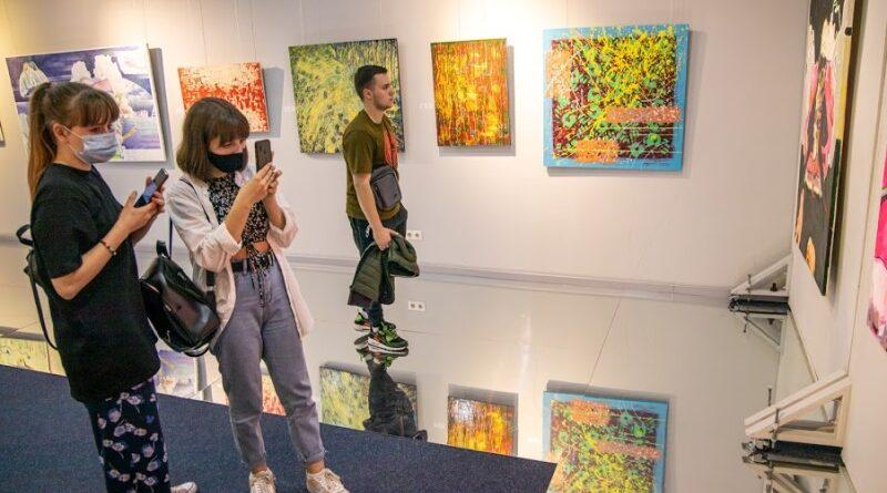 виставка_Дніпро