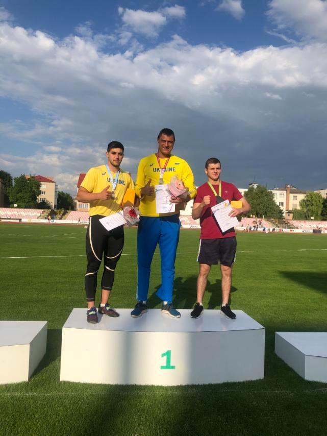 легкоатлети_Дніпро
